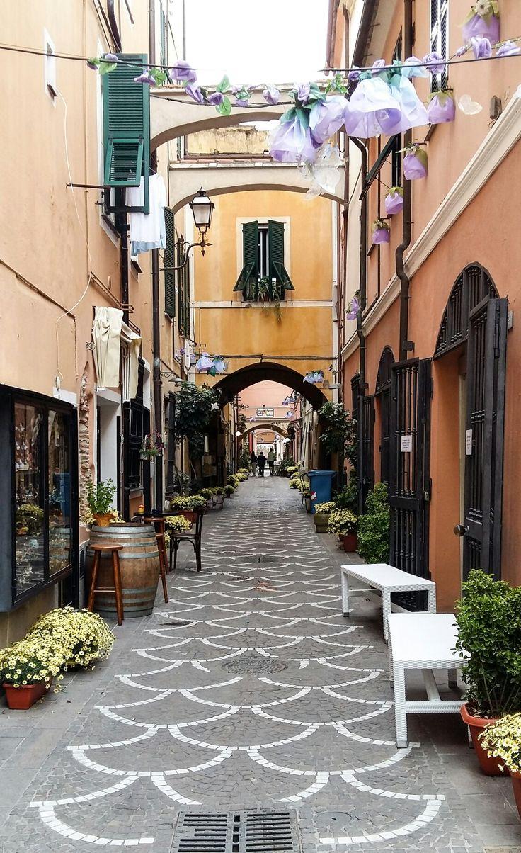 Pietra Ligure. Savona. Italia. By Antonella Baiardi