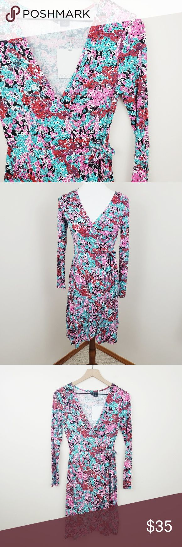 Paraphrase Floral Dress》 new # D110 Wunderschönes Wickelkleid von Paraphrase New …