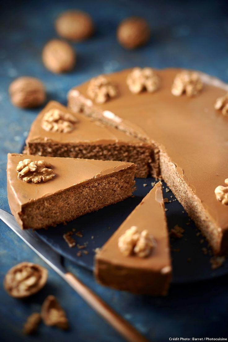 Grenoblois : gâteau aux noix et café - Une recette de gâteau aux noix très gourmand... Le grenoblois ! Avec son glaçage et son doux goût de café, il est irrésistible.