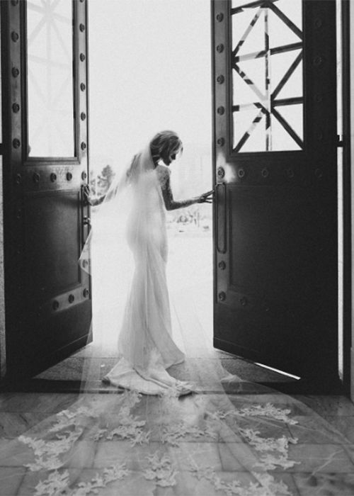 Brides: Get All the Wedding Dress Details on Witney Carson's Romantic Rivini…