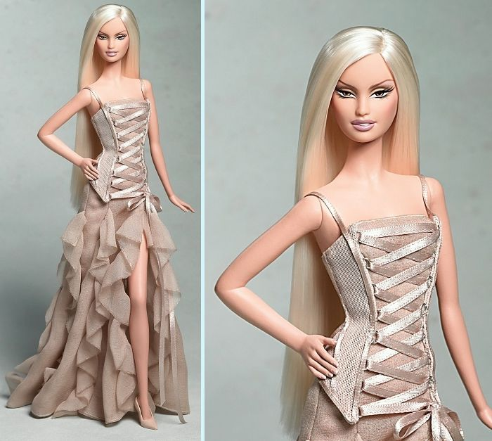Versace Barbie...This is what I want my hair to look like....(lol should I be concerned that I've found beauty inspiration from a Barbie doll?)