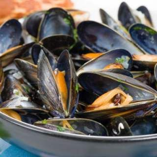 Perfectly Cooked Slow-Cooker Mussels