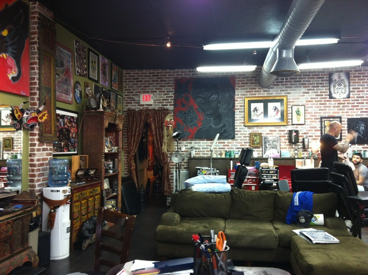 25 best images about studios tattos decor on pinterest for My tattoo shop hollywood