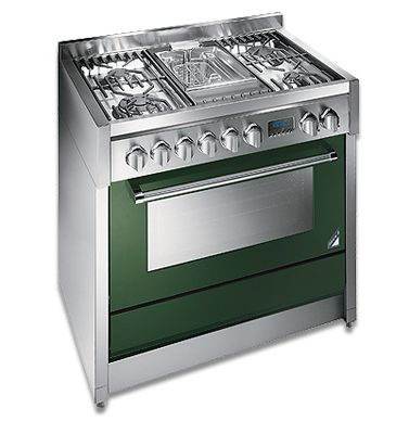 Steel's Genesi Range Cooker would bring a splash of colour to any kitchen!  http://www.steelcuisine.co.uk/genesicookers.html