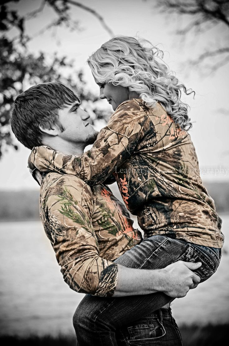 25 best ideas about black and white couples on pinterest love couple photo couple photos and. Black Bedroom Furniture Sets. Home Design Ideas