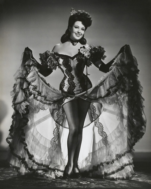 can~can Linda Darnell -Vintage corset Burlesque!