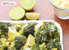 Brócoli asado con limón y parmesano. Receta