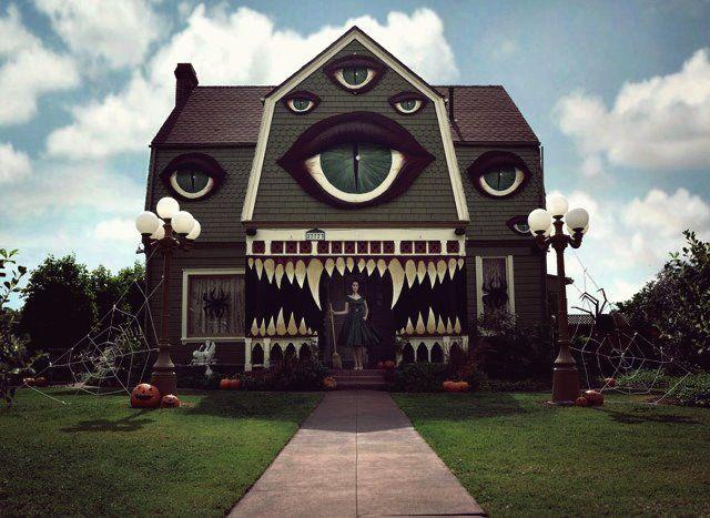 So Dekorieren Sie Ihr Haus Fur Halloween In 2020 Halloween Zuhause Halloween Haus Halloween Deko