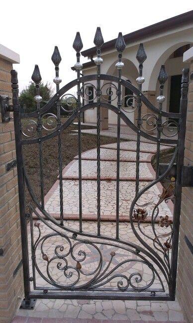1578 best gates doors windows images on pinterest - Cancelletto in ferro battuto ...