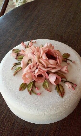 art by nilgün - cold porcelain ( kek kapağı )