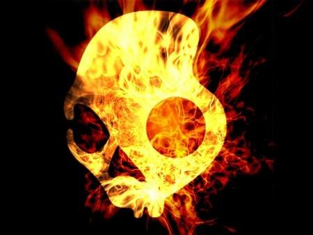Skullcandy Logo on Fire.