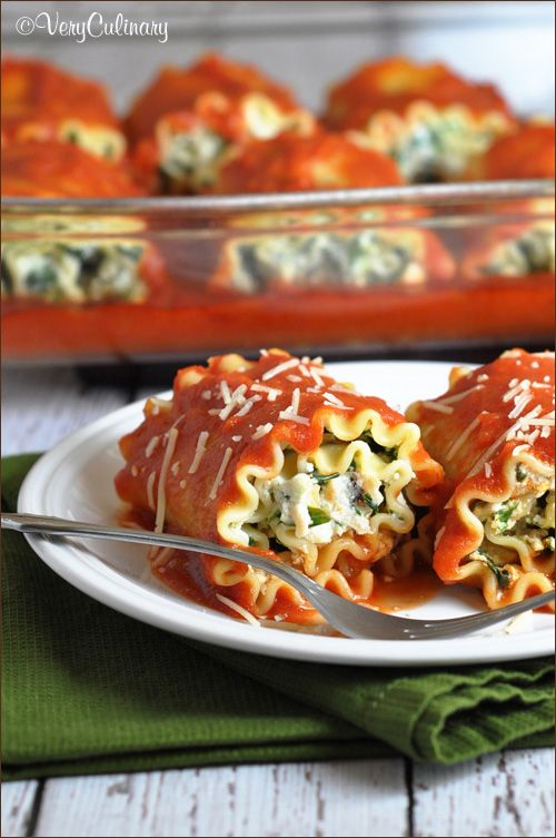 Lasagna Rolls (with Spinach and Chicken) such a great idea!