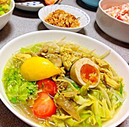 レシピとお料理がひらめくSnapDish - 9件のもぐもぐ - インドネシアのスープ ソトアヤム by vivi