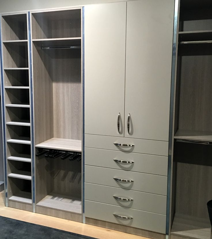 Custom Dressing Room, designed from a male viewpoint. Stylish and functional Alliance Robes