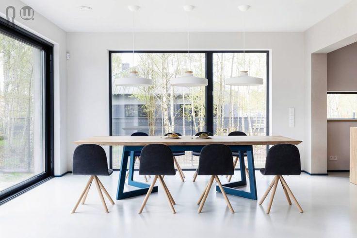 Modern, energetic dinning room #dinningroom #modern #dinningtable #blue
