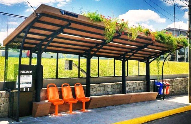 Caxias do Sul, no Rio Grande do Sul, tem novidades! A cidade ganhou uma intervenção urbana, batizada de Parada Verde. Na verdade, trata-se de um projeto de restauração de um ponto de ônibus, idealizado pelo escritório de arquitetura sustentável ecco!... Leia mais