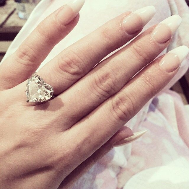 Lady Gaga's engagement ring is the exact ring I want