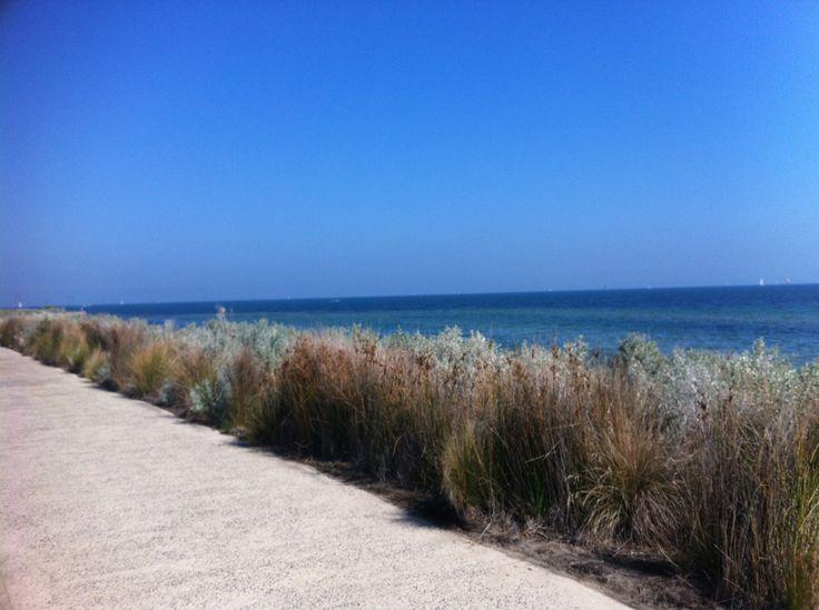 A walk along Saint Kilda Beach