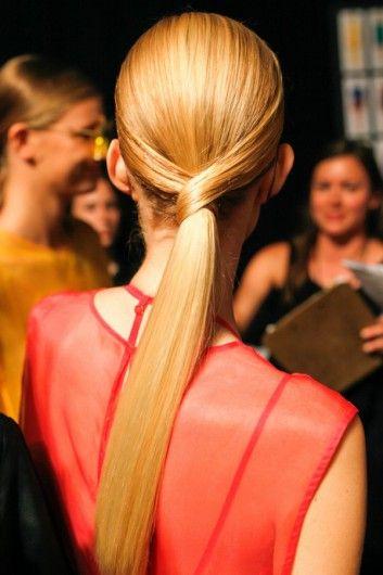 :: Antoinette Beenders created this hair style for Osklen SS 2014  <3 ::