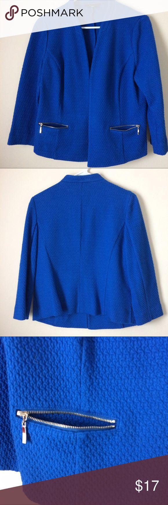 Royal blue cotton blazer Beautiful Alfani royal blue textured cotton open blazer. Double zip pockets on front. 3/4 sleeve length. Size 10 Alfani Tops