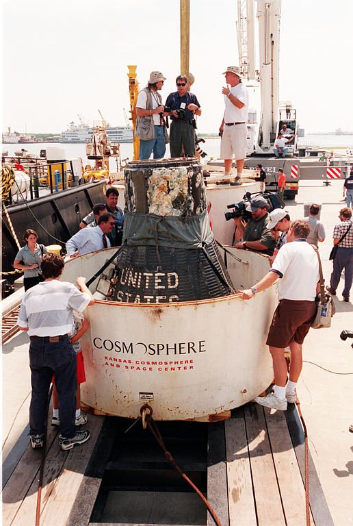 Liberty Bell 7 Grissom S Capsule Recovered From Sea Bottom