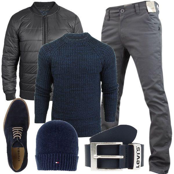 Nel+tuo+armadio+base,+per+questo+autunno/inverno,+dovresti+inserire+dei+capi+comodi+adatti+per+tutti+i+giorni+e+per+il+tempo+libero,+come+ad+esempio+questo+set+composto+da+un+maglione+di+lana+sulle+tonalità+del+blu+abbinato+ad+un+pantalone+chino+e+a+un+bomber+di+colore+grigio;+completo+questo+look+everyday+con+una+cintura,+delle+stringate+e+un+berretto+di+lana.