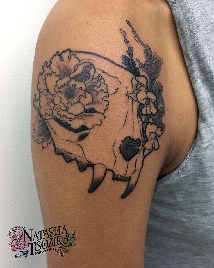 32 best tattoos by natasha tsozik images on pinterest bird skull tattoo skull tattoos and bloemen. Black Bedroom Furniture Sets. Home Design Ideas