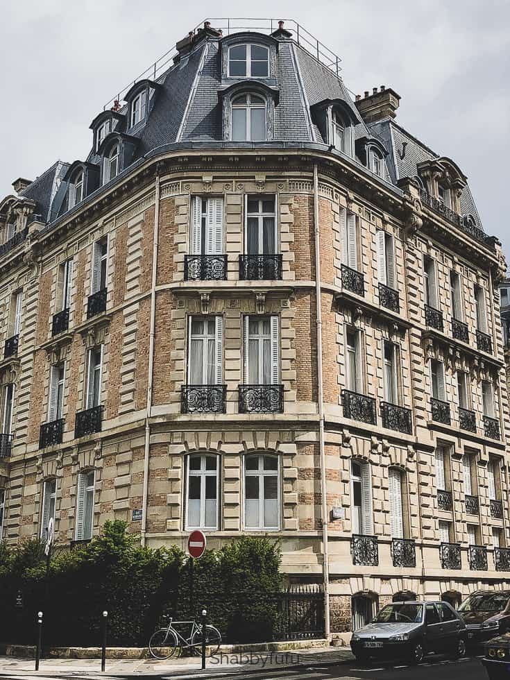 Paris Apartments For Rent Living Like A Parisian Paris Apartments Parisian Apartment Decor Apartments For Rent