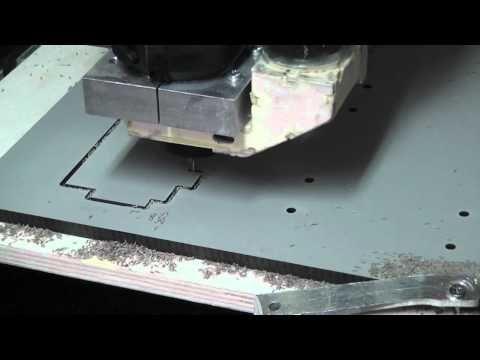 CNC-Holzfräse 8mm HPL Platten - YouTube