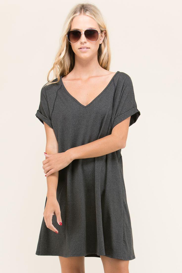 SHORT SLEEVE V-NECK DRESS BY TRES BIEN
