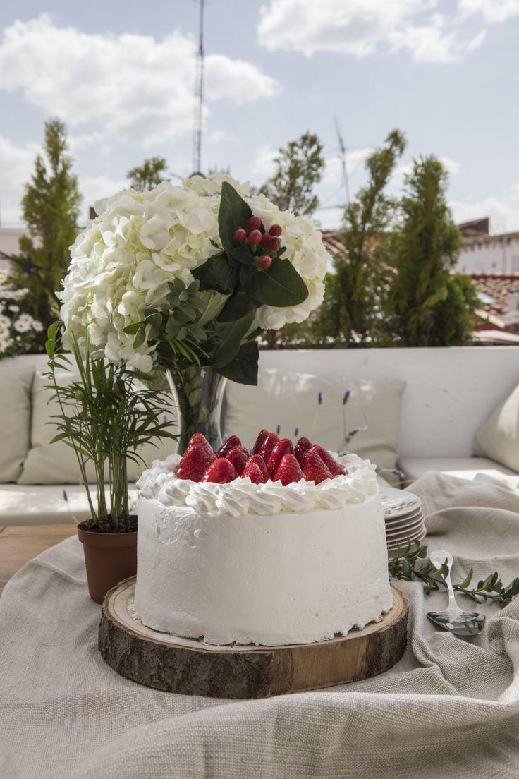 Imagen de producto Cake, Desserts, Food, Birthday Cake, Branding, Deserts, Tailgate Desserts, Kuchen, Essen
