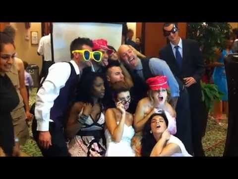 DIFFERENT TORONTO PHOTO BOOTH CONFIGURATIONS Photo booths in Toronto come in plenty of shapes and styles. The points you ought to look into when making a decision are your personal choice, the event style you are looking for, and what your wedding guests will prefer.