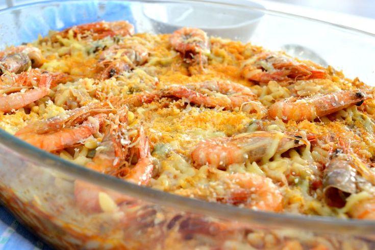Χυλοπίτες στο φούρνο με γαρίδες και πιπεριές