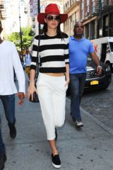 Kendall Jenner Sweater Kombi Streetstyle Striped Sweatshirt