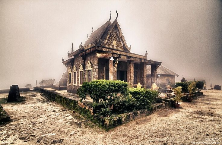 Older Pagoda!! - This older Pagoda was build during French colony in Cambodia, and the location is Bokor mountain, Kampot province, Cambodia
