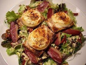 tartines salade de chevre et magret de canard
