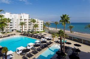 Hotel lti Garbi en Spa  Description: Garbi Ibiza & Spa behoort tot één van de meest trendy hotels van het eiland. Direct aan het strand én in het gezellige centrum van Playa d'en Bossa. Dit hotel is populair bij vakantievierende...  Price: 571.00  Meer informatie  #beach #beachcheck #summer #holiday