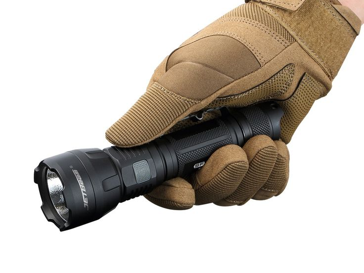 One of the brightest lights of its size on the market today, is theJetbeam SF-R28 Rechargeable LED Flashlight. Compact and powered by just a single 18650 battery (2600mah battery included), this amazing torch is capable of producing ascorching 1500 Lumens of illuminationthat can throw nearly 800 feet away, outshining its many of its competitors. The light comes with outputs ranging from 400 down to 10 lumens, as well as aspecial strobe function&nbs...