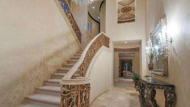 Kobe Bryant drops mansion price by $1.5 million