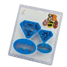 4 unids/set marvel los vengadores superman batman cartoon super hero mini cortador de galletas cortador de galletas de plástico barato envío gratis(China (Mainland))