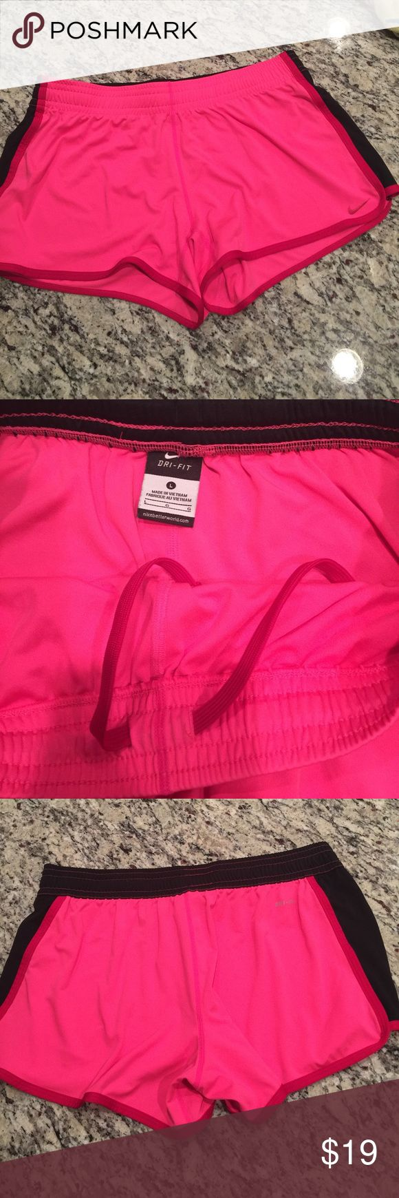 Nike dry fit shorts Super soft and comfy Nike dri fit shorts. Drawstring waist. Good used condition Nike Shorts Skorts