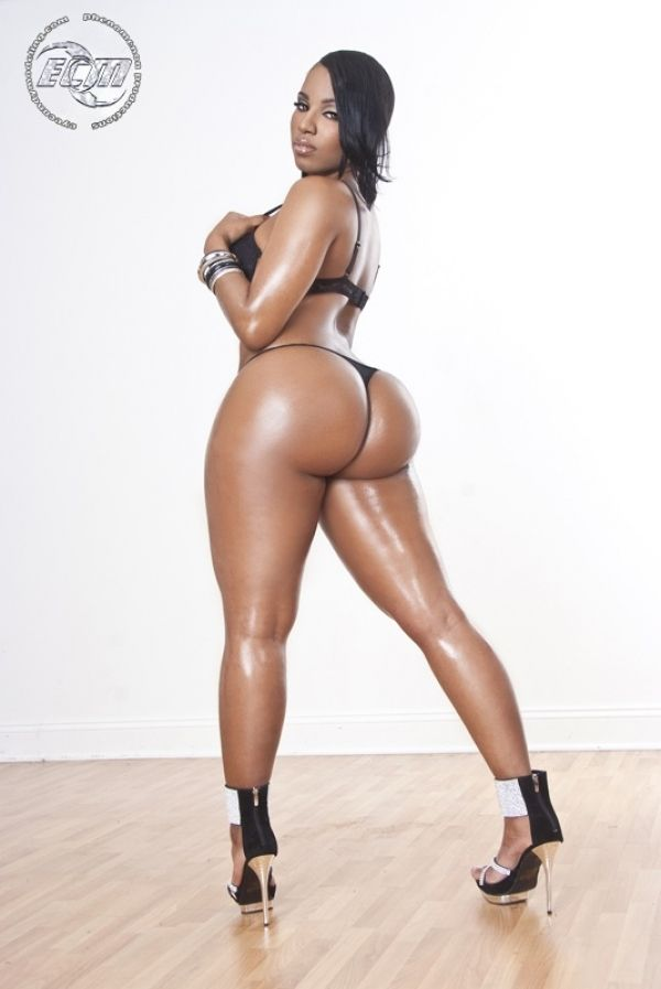 Naked hot black girls oiled can