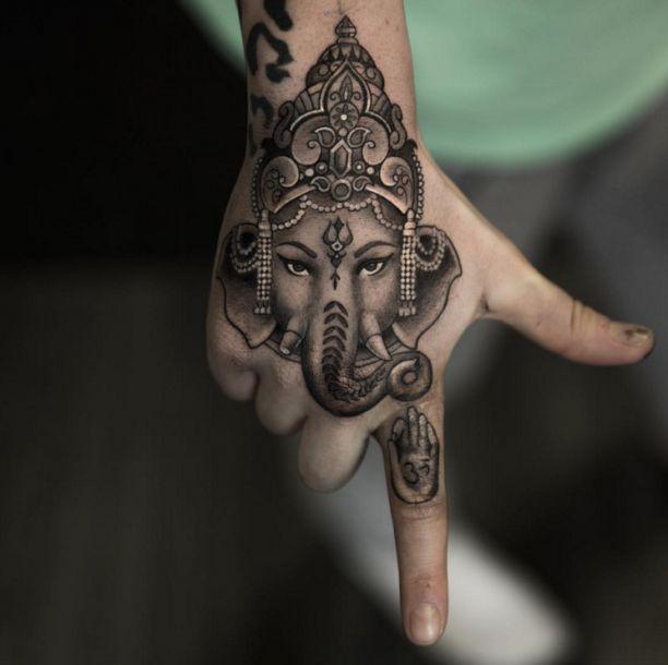 Elephant Hand Tattoo Fantasie