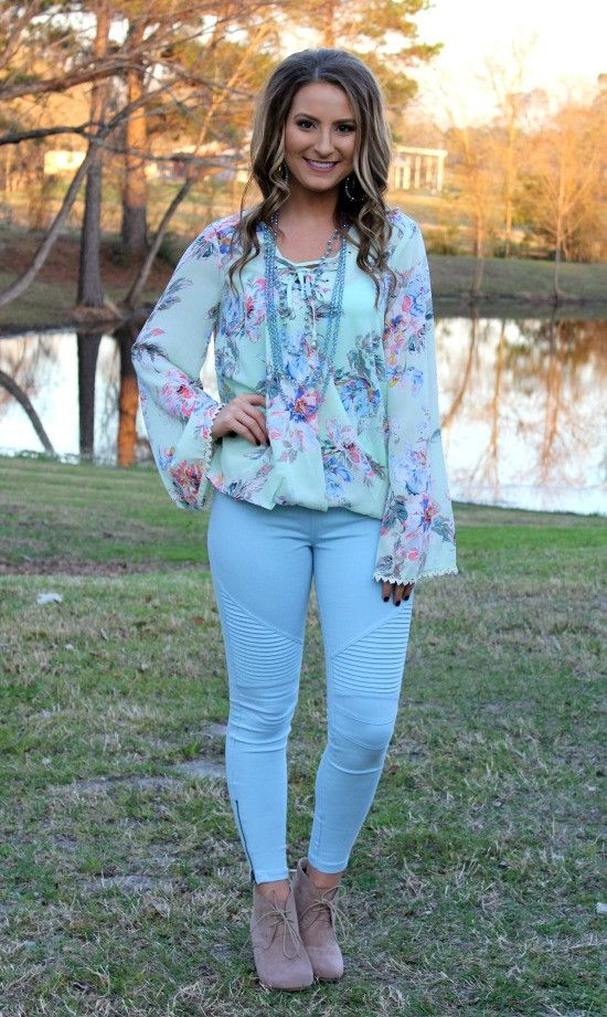 One Sweet World Floral Lace Up Top in Mint – Giddy Up Glamour Boutique