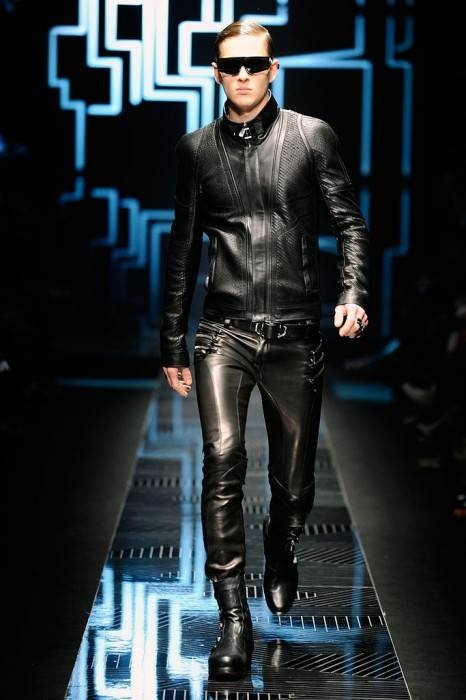 Versace: New Artistic Director: New Strategy-Part2 ~ Men Chic- Men's Fashion and Lifestyle Online Magazine