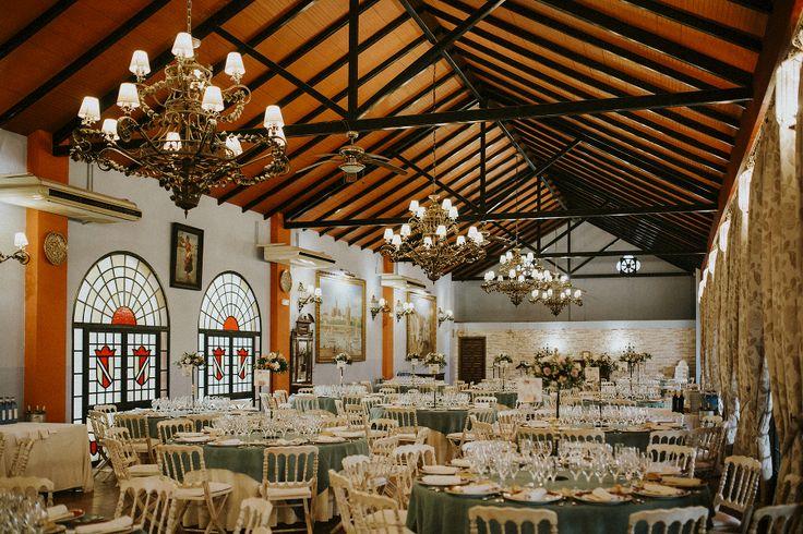 Meseros - Decoracion de boda - inspiracion  - sevilla - Al-yamanah