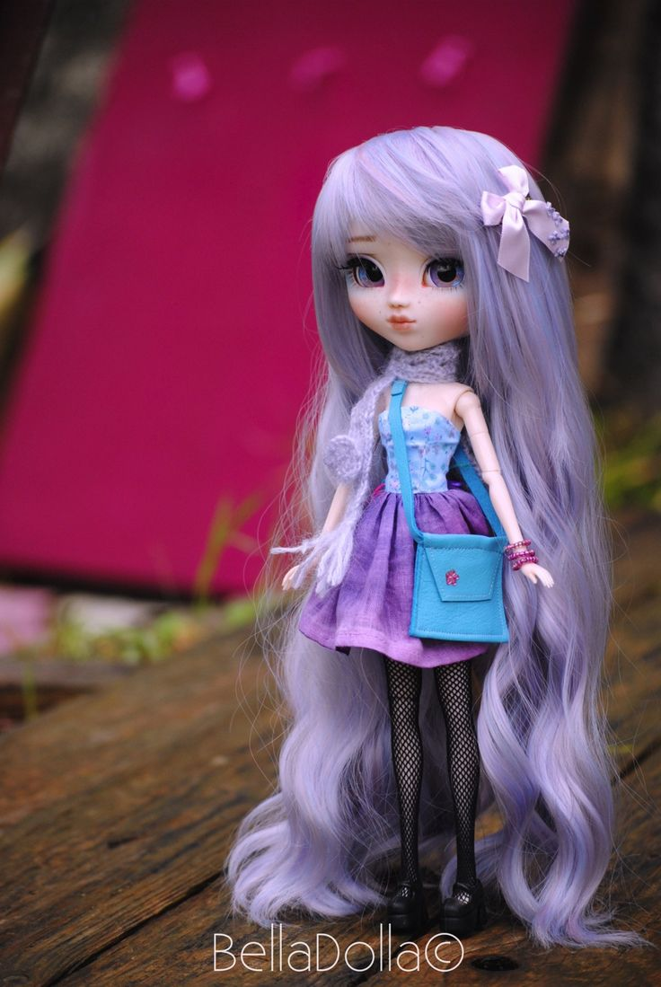 custom Pullip doll ~ love the long light purple hair!