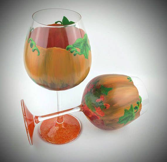 Fall wine glasses, autumn wine glasses, pumpkin wine glasses, Thanksgiving wine glasses, Fall wine glass set, set of 2, high quality glass,