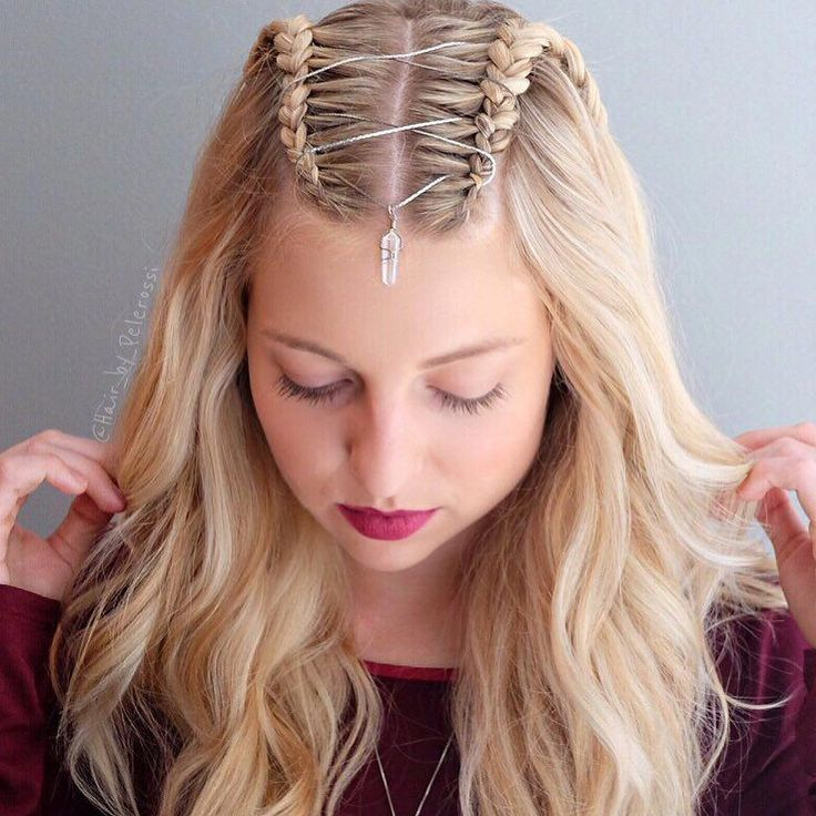 Corset Braid Hair Trend is the best for party season  #braid #corset #hair #party #season
