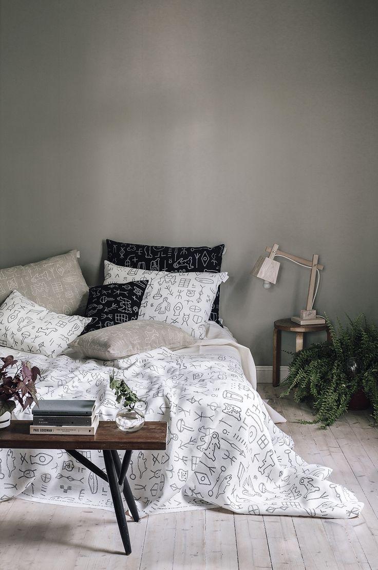 Ikiaika interior pillow cover Size: 40x60 cm (15,7x23,6 inch) Fabric: European 100% hemp fabric [ wash: 60°C (140°F) | iron: high heat with steam 2...